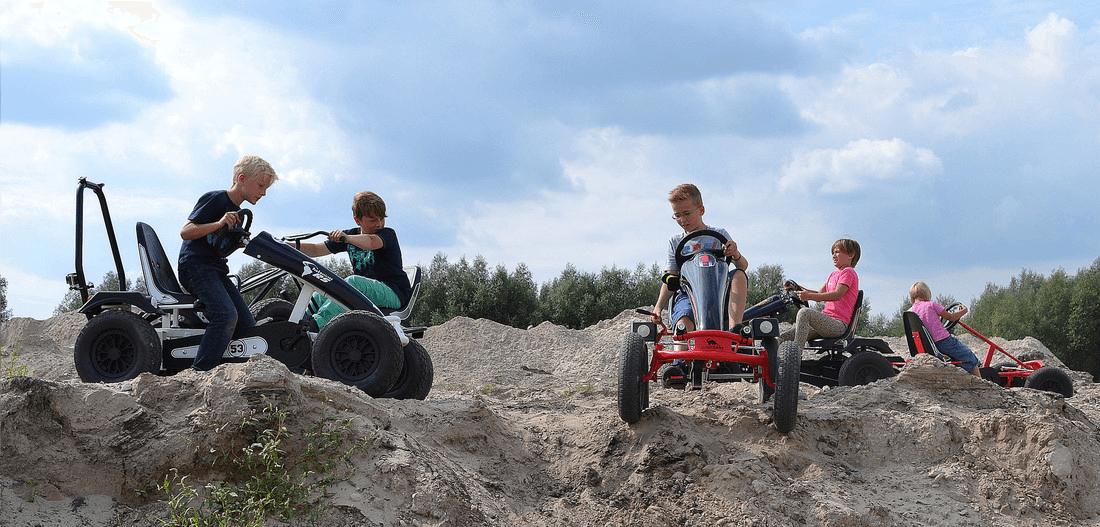 Kettcar fahren im Herbst - Geländetouren Nürnberg mit Gokart - hier Dino Cars gokart-profi.de