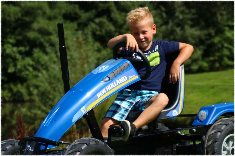Go Kart in blau - New Holland - Dino Tracks Modell - gokart-profi.de