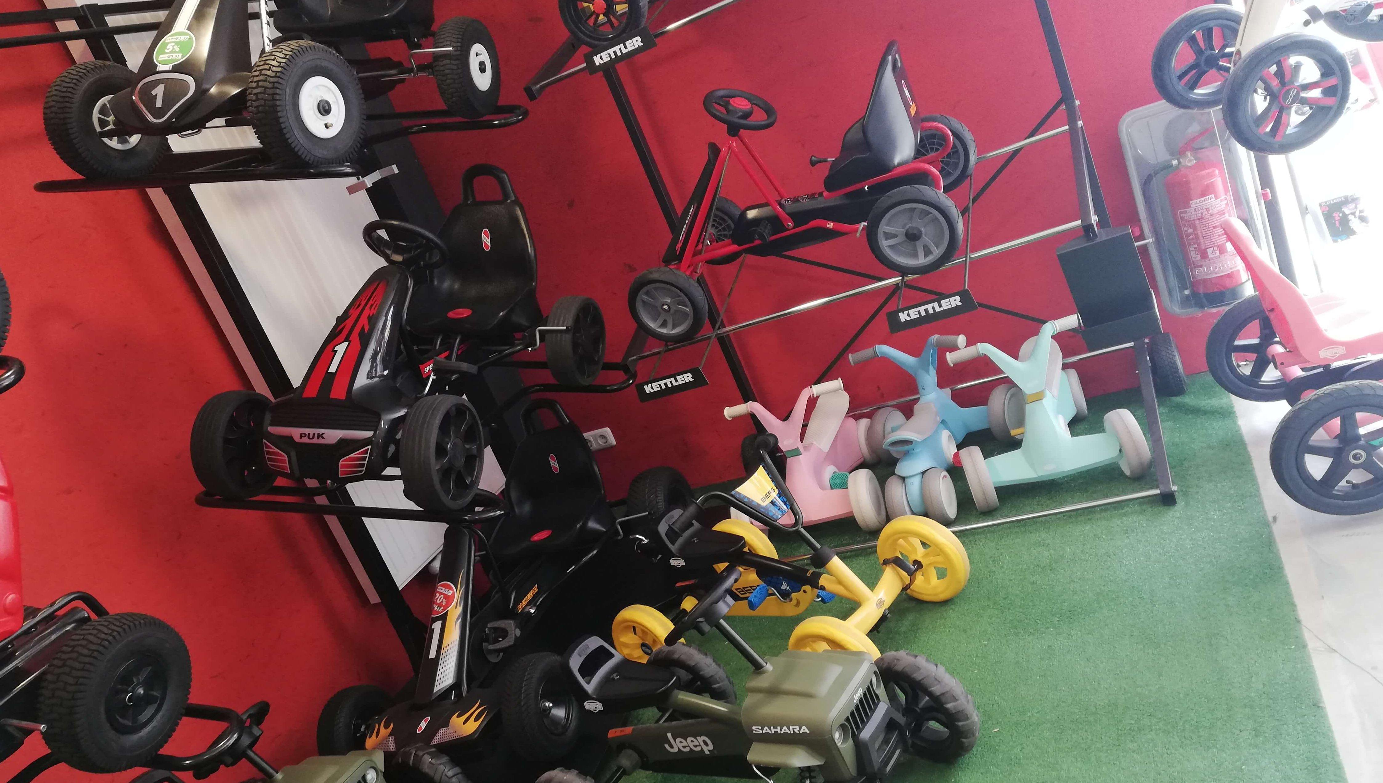 Gokart Ausstellungsfahrzeuge Abverkauf bei GOKART PROFI - Burgthann - direkt vorbeikommen und mitnehmen