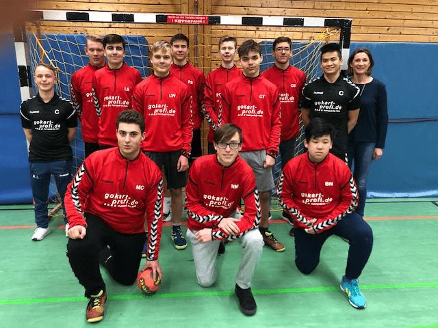 GOKART PROFI sponsert Trikots für Handball-Jugend - TSV 04 Feucht