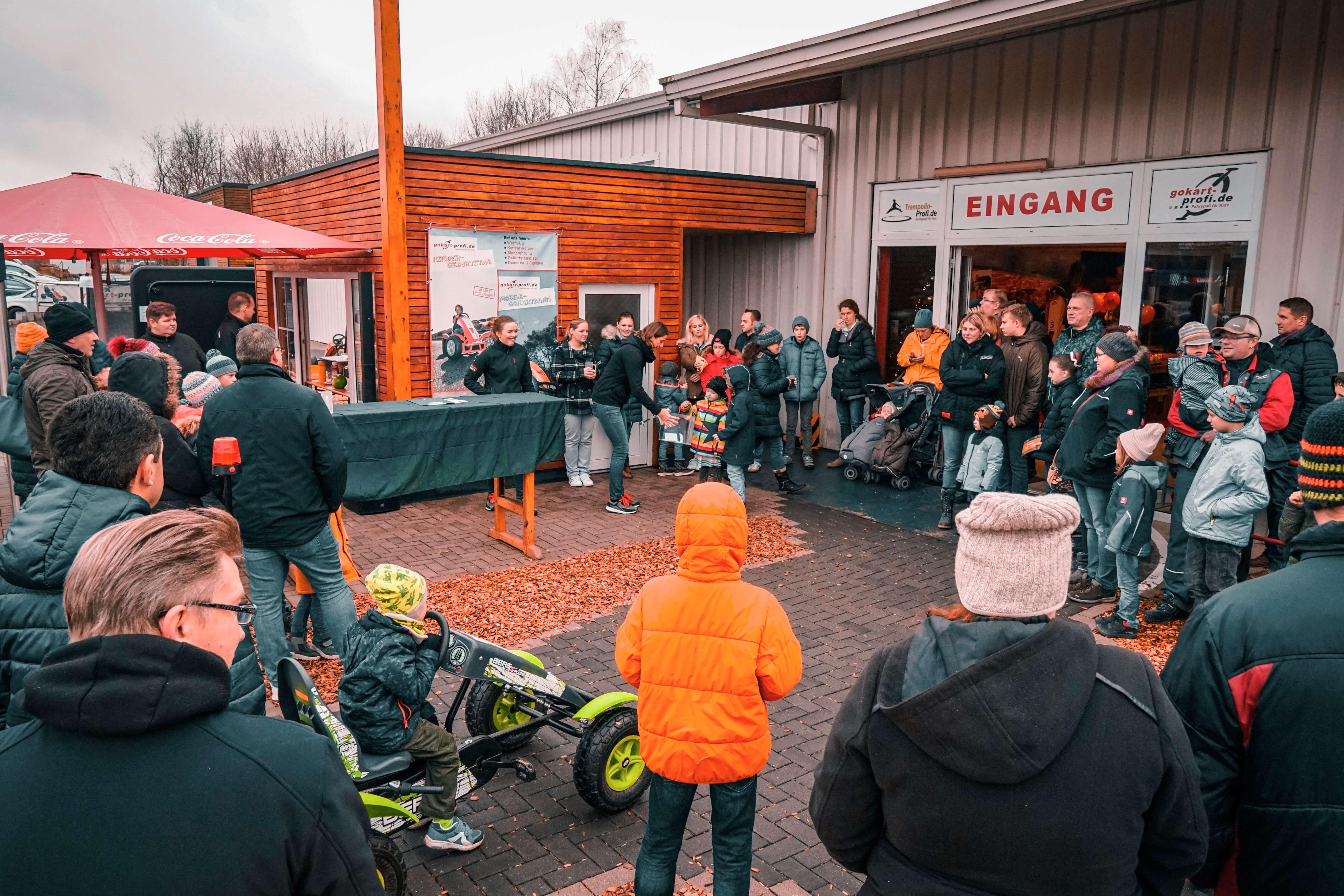 Viele Gewinne beim Gokart Profi Weihnachtslagerverkauf + Hüttengaudi - 7.12.2019